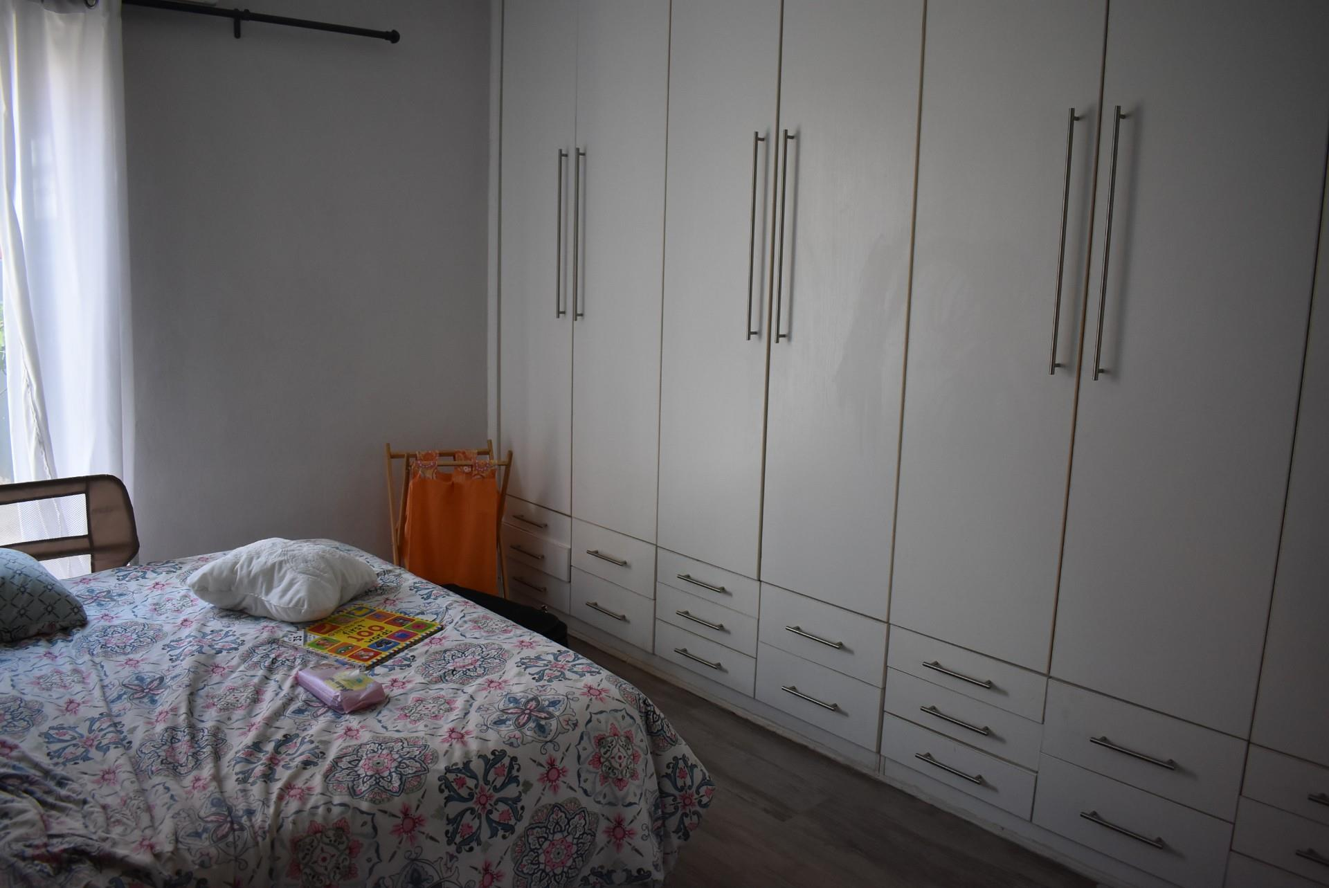 4 Bedroom Town house For Sale in Avis