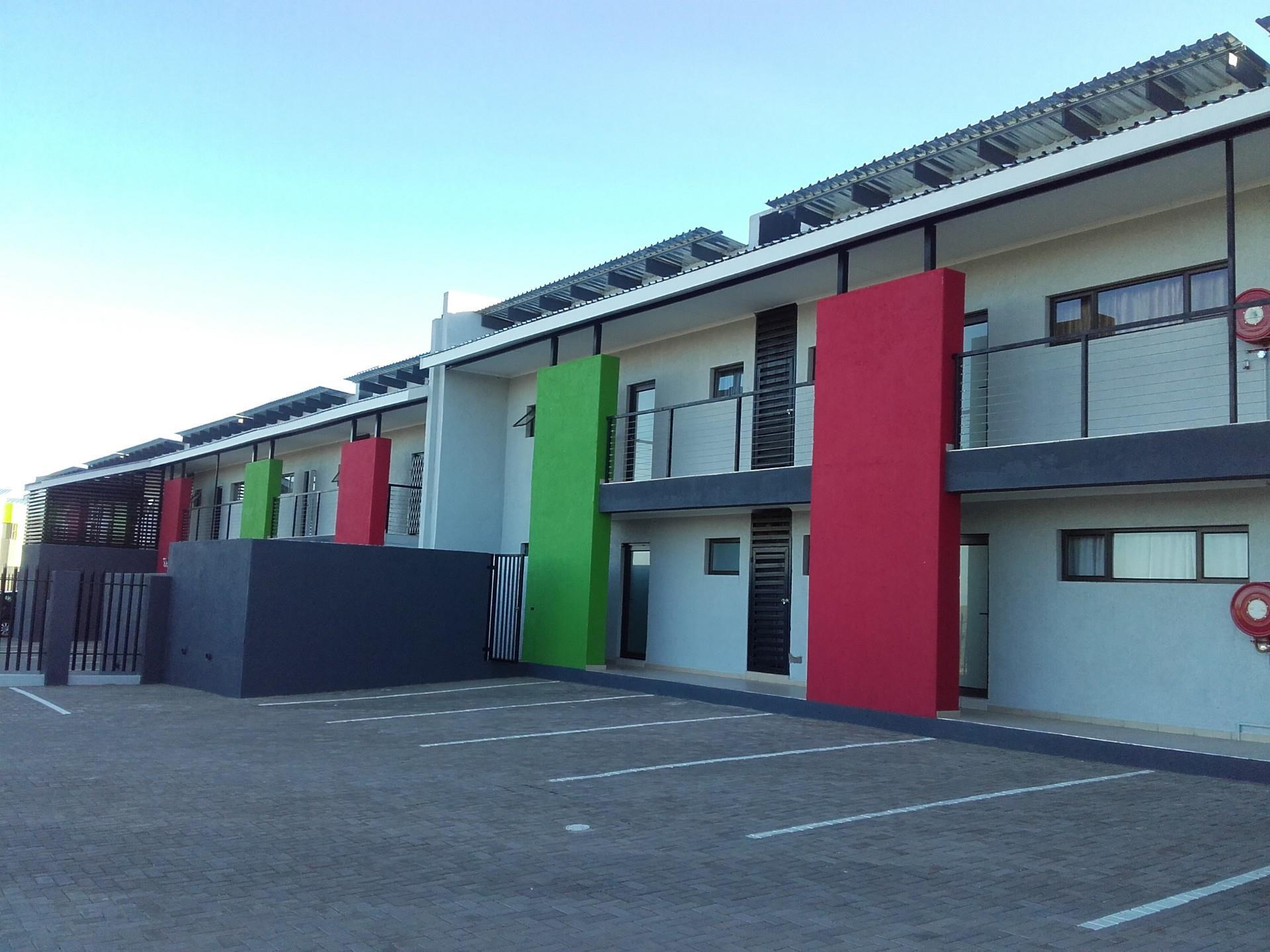 2 Bedroom Apartment For Sale in Okahandja Central