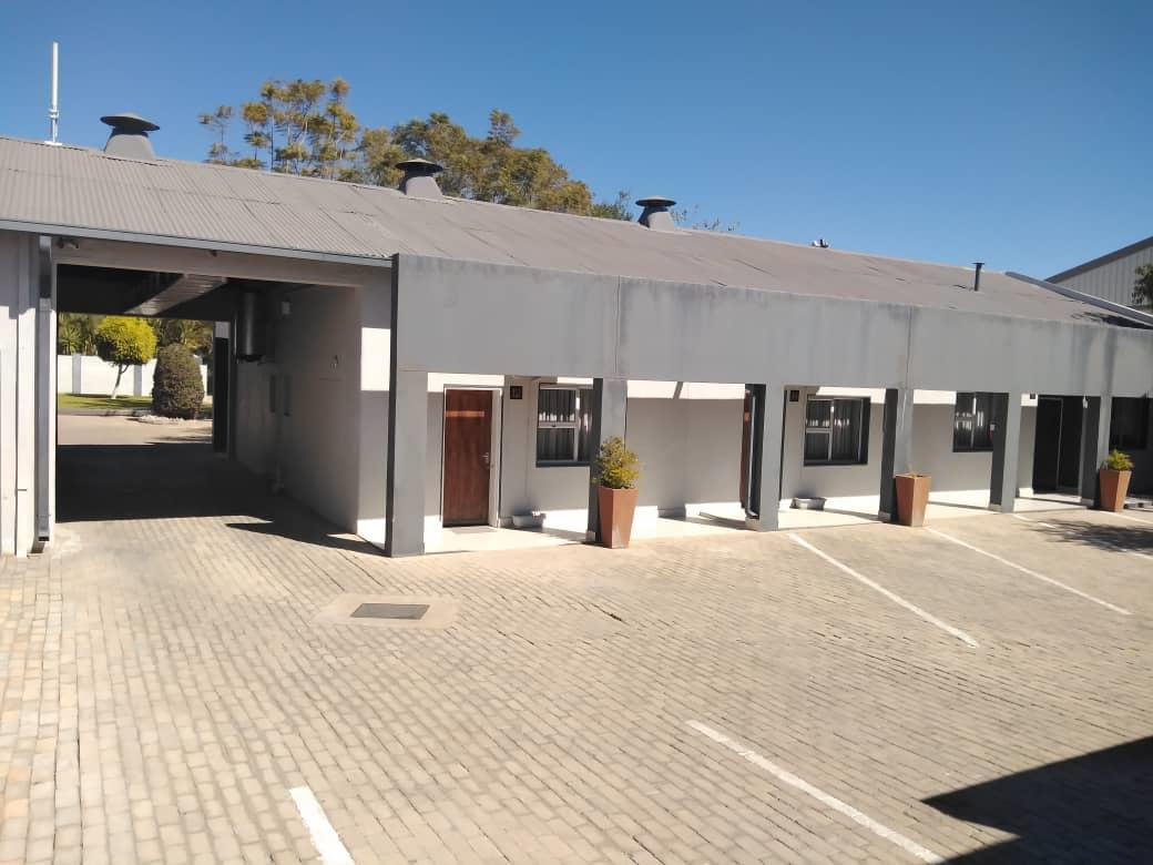Guest House in Tsumeb For Sale