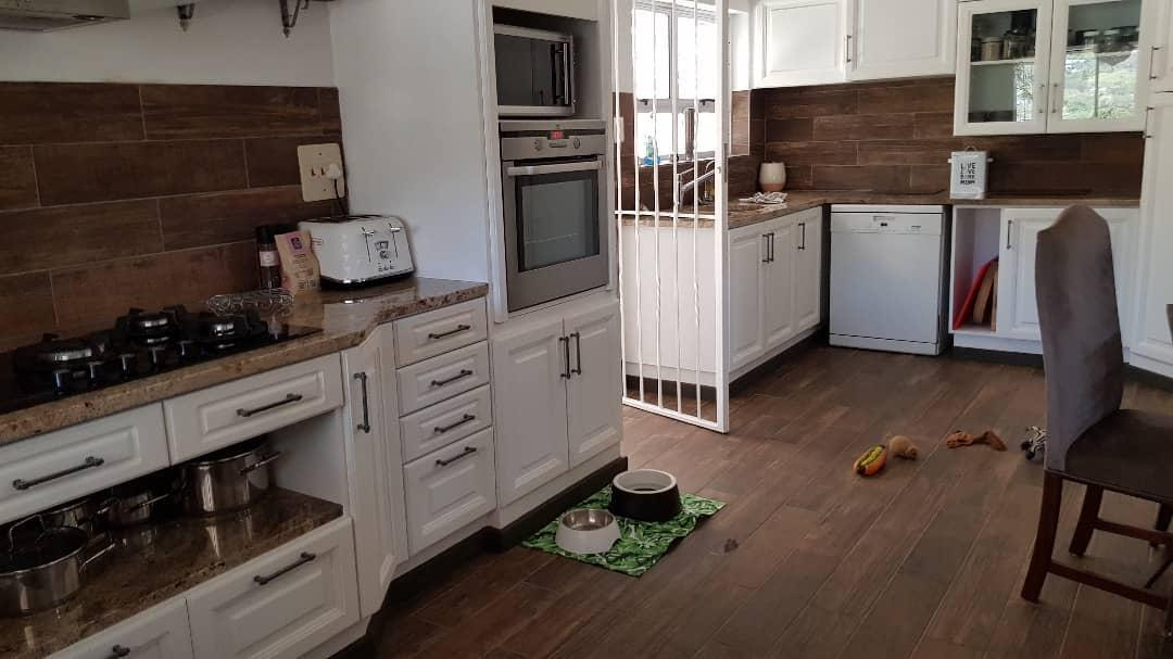 5 Bedroom House To Rent in Ludwigsdorf