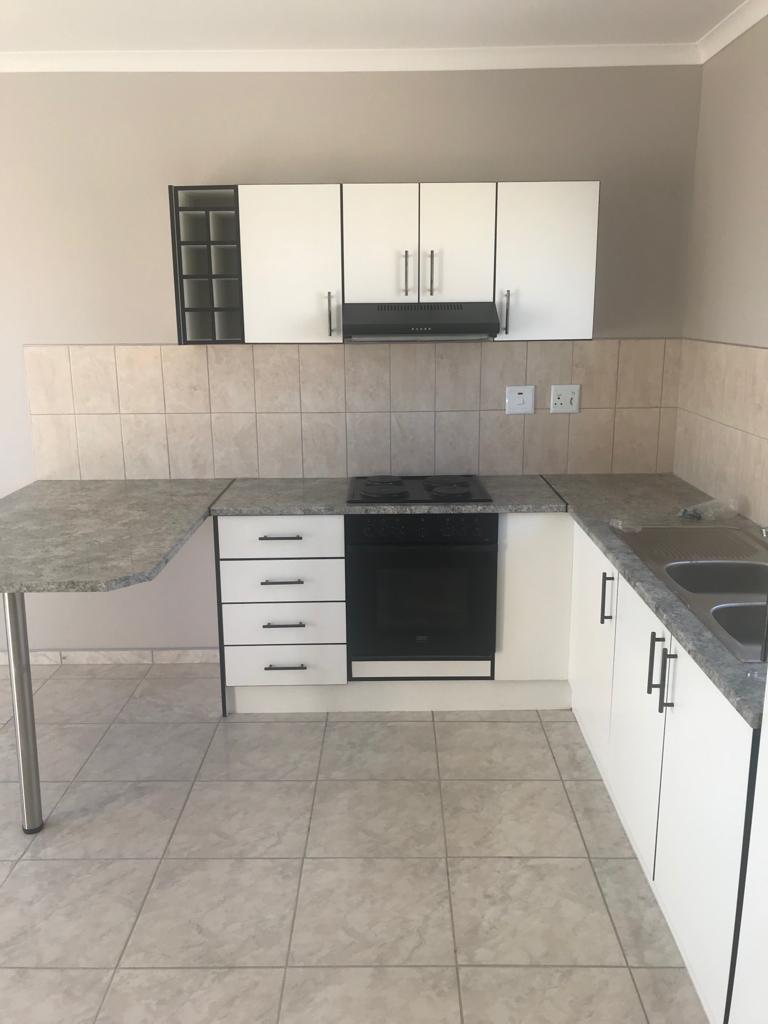 2 Bedroom House For Sale in Brakwater