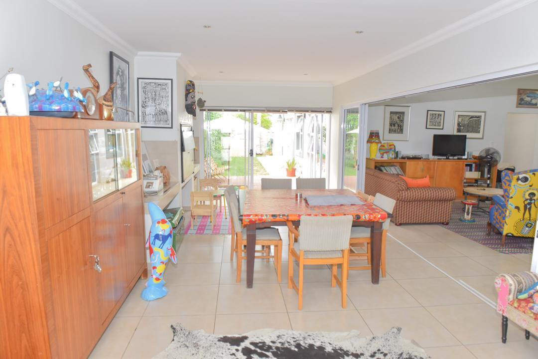 3 Bedroom Town house For Sale in Suiderhof