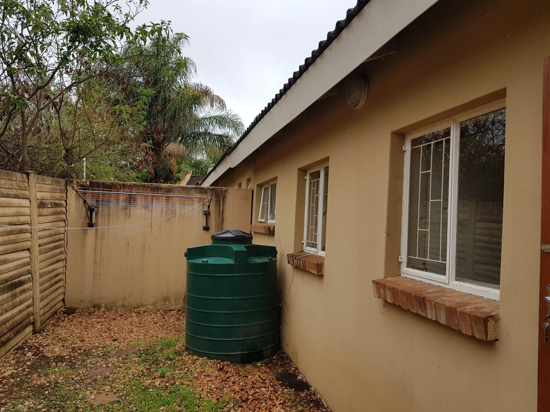 2 Bedroom Townhouse For Sale in Louis Trichardt