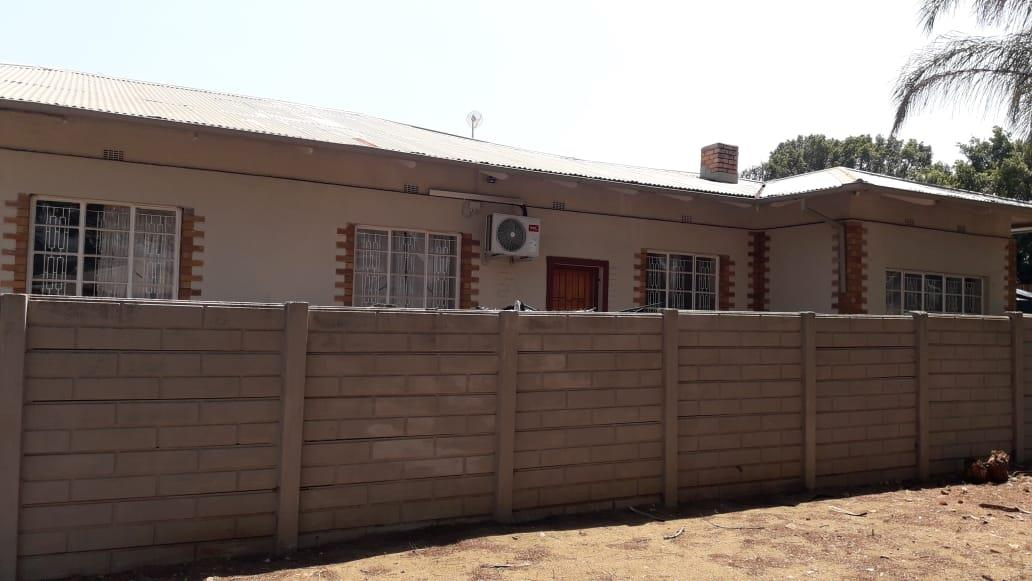 3 Bedroom Apartment / Flat For Sale in Louis Trichardt
