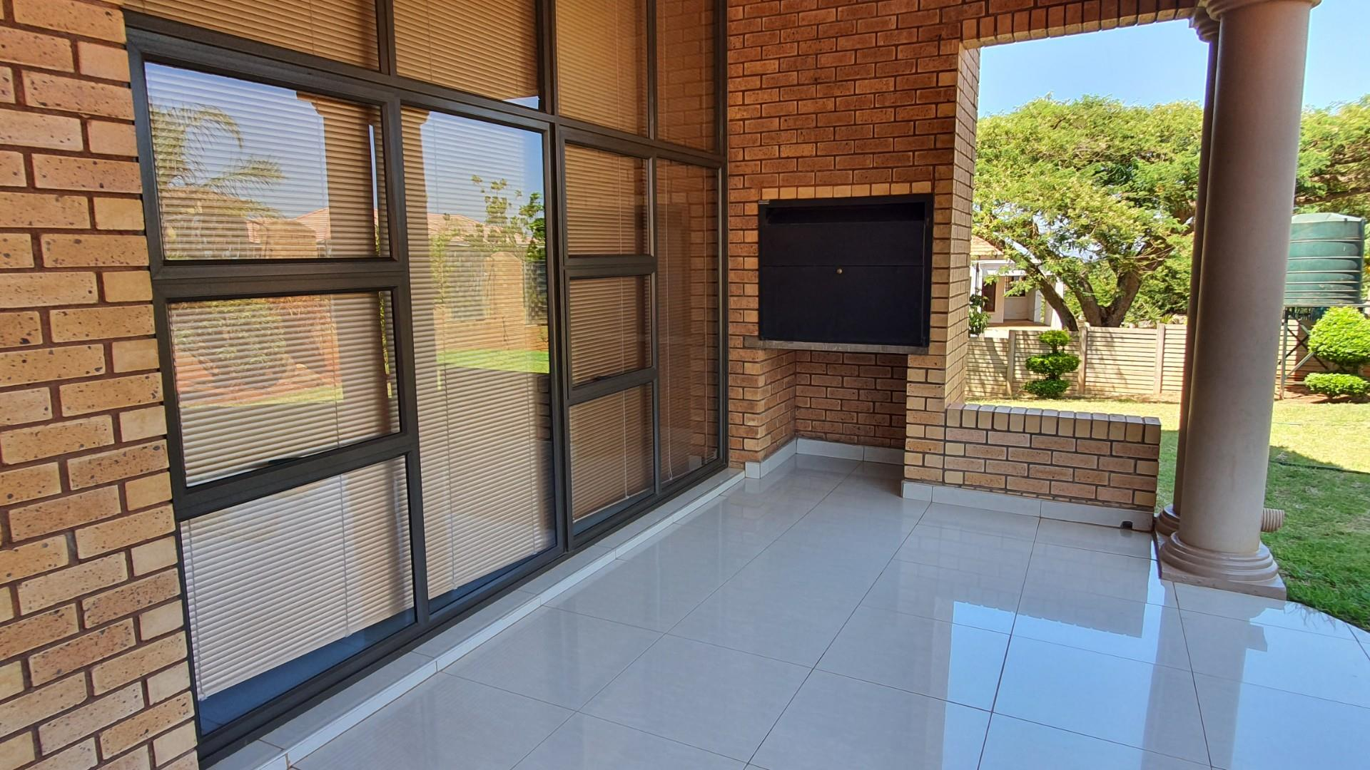 7 Bedroom House For Sale in Louis Trichardt
