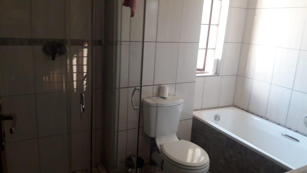 3 Bedroom Townhouse For Sale in Louis Trichardt