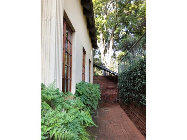 6 Bedroom House To Rent in Louis Trichardt