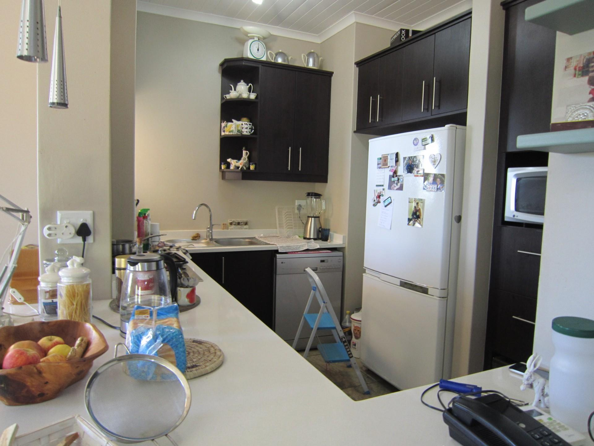 4 Bedroom House To Rent in Riebeek Kasteel