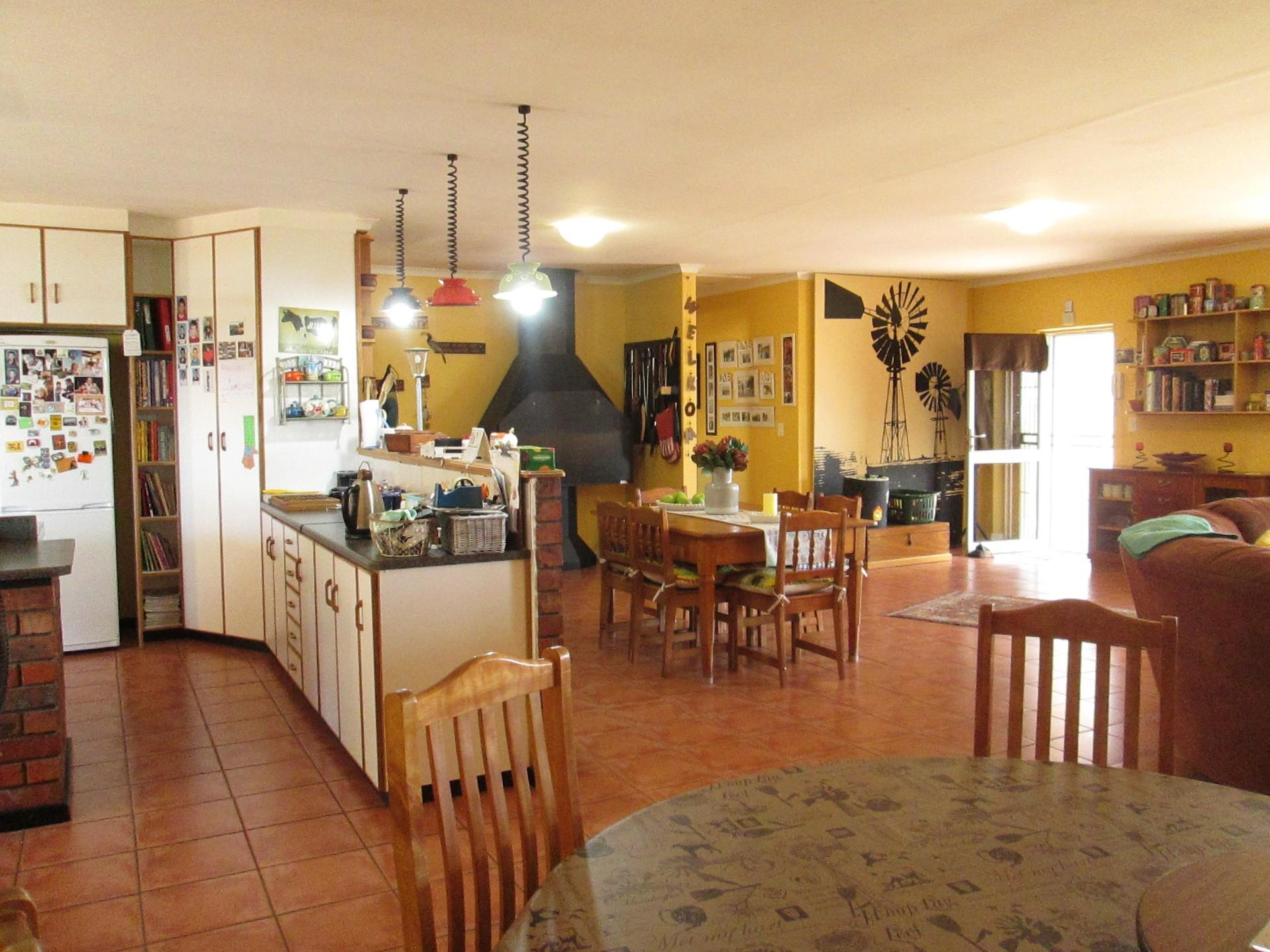 3 Bedroom House For Sale in Piketberg