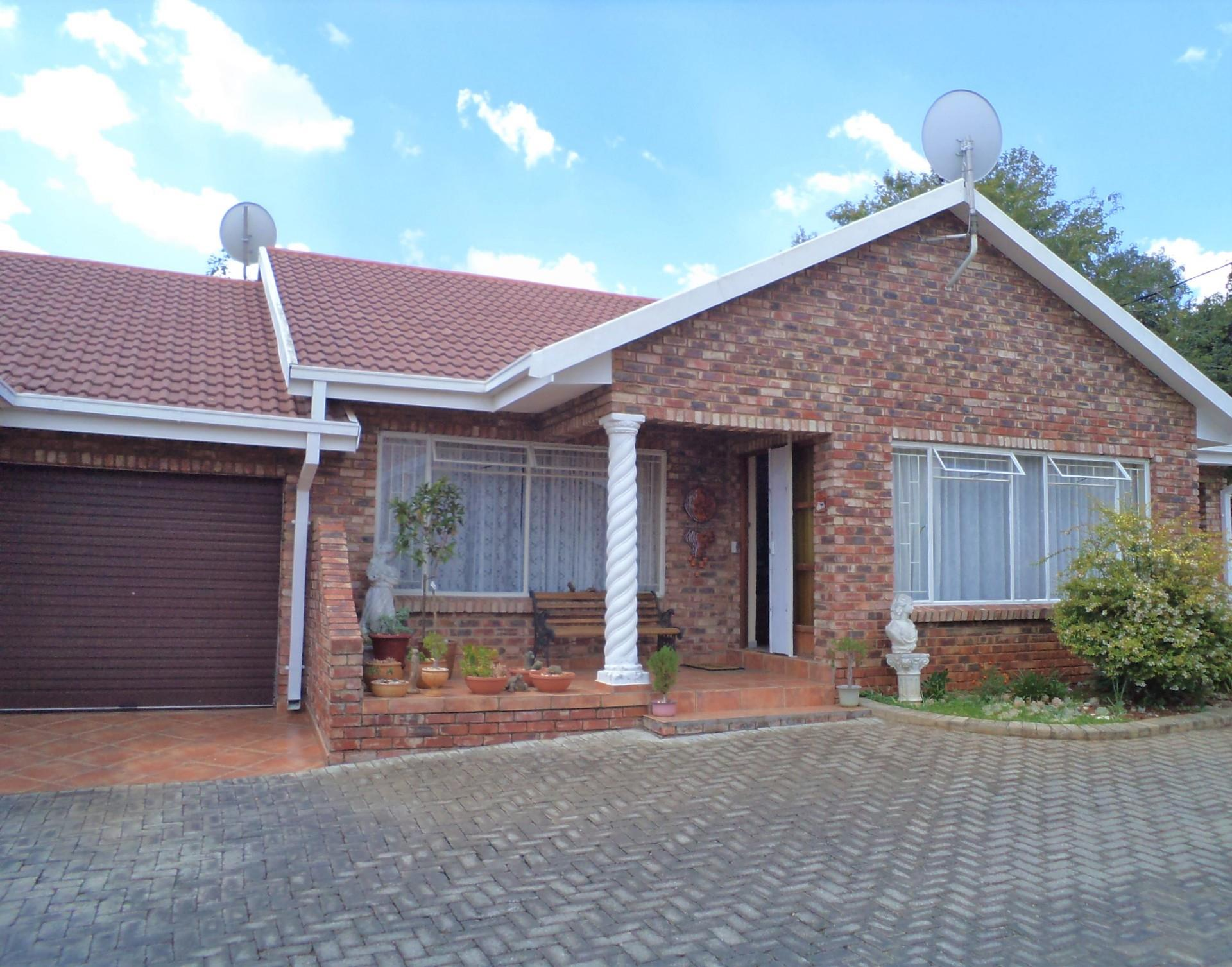 2 Bedroom House In Parys Re Max