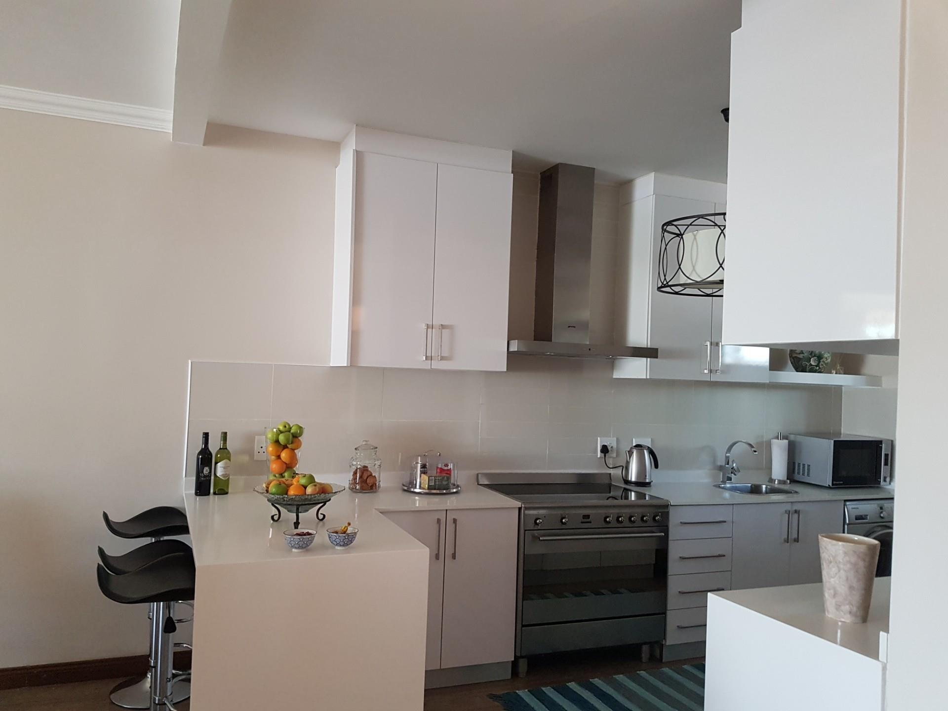 3 Bedroom Apartment / Flat For Sale in Melrose