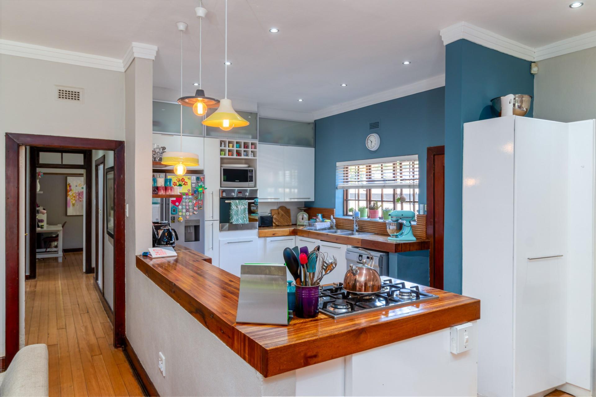 3 Bedroom House For Sale in Parkhurst