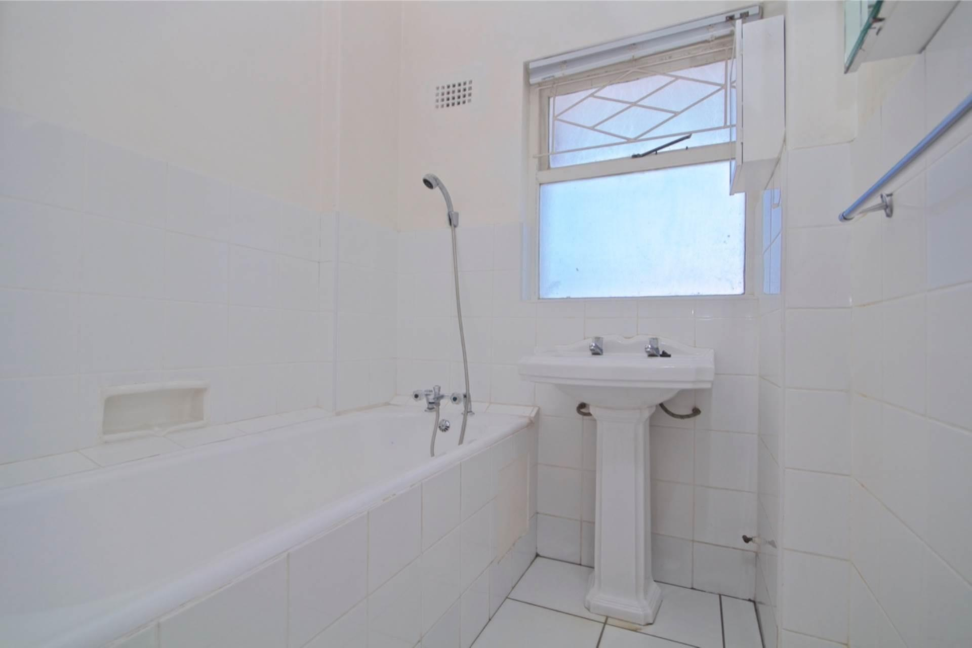 3 Bedroom Apartment / Flat For Sale in Green Point
