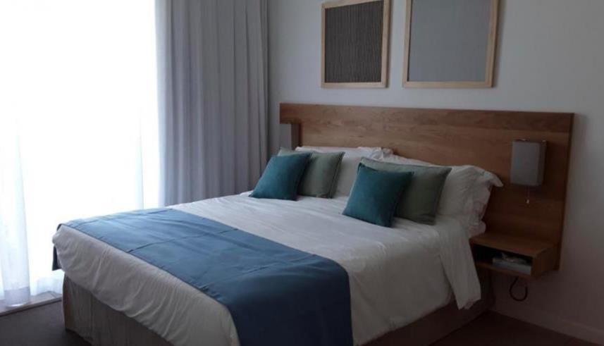 3 Bedroom Apartment / Flat To Rent in Roches Noires