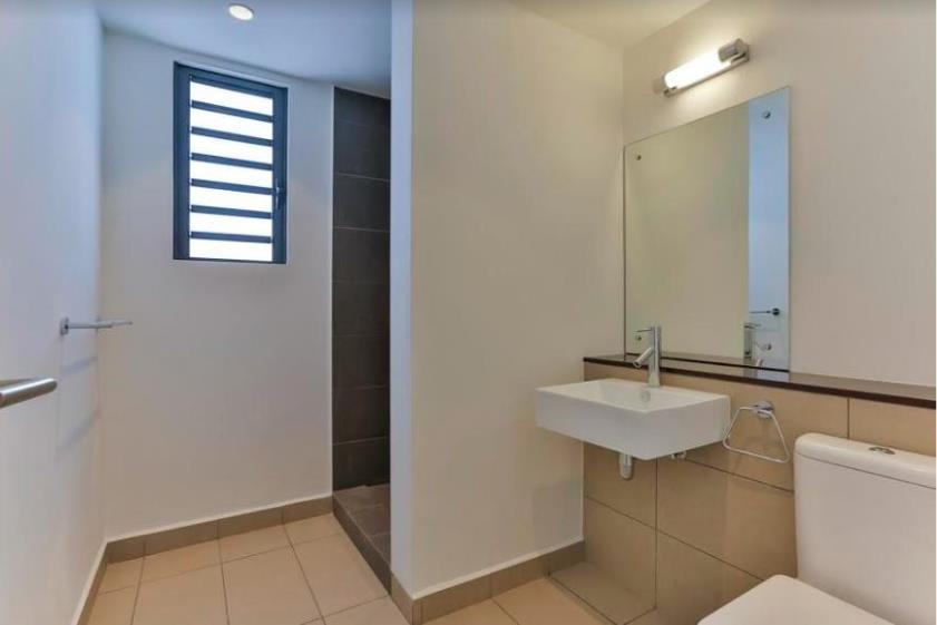 Penthouse in Roches Noires To Rent