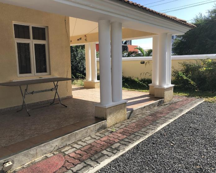 4 Bedroom House To Rent in Trou Aux Biches
