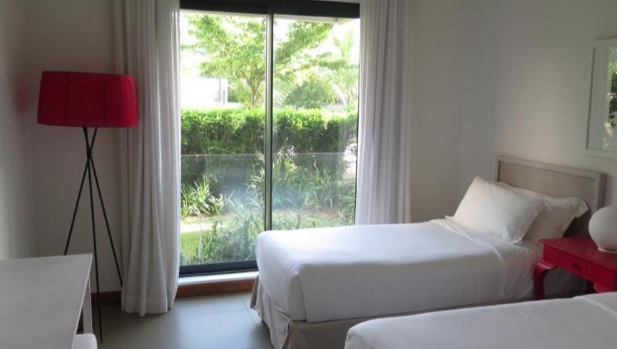 3 Bedroom Apartment To Rent in Roches Noires
