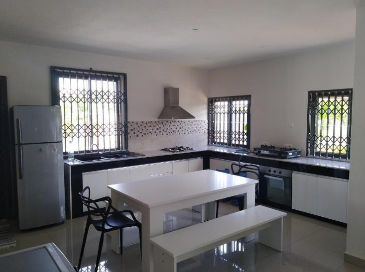 3 Bedroom House To Rent in Grand Baie