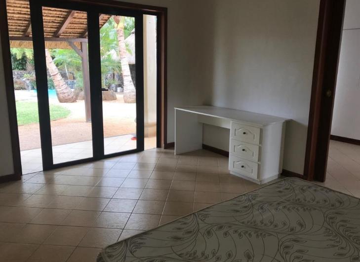 Villa in Tamarin To Rent