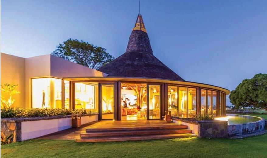 Villa in Mon Choisy For Sale