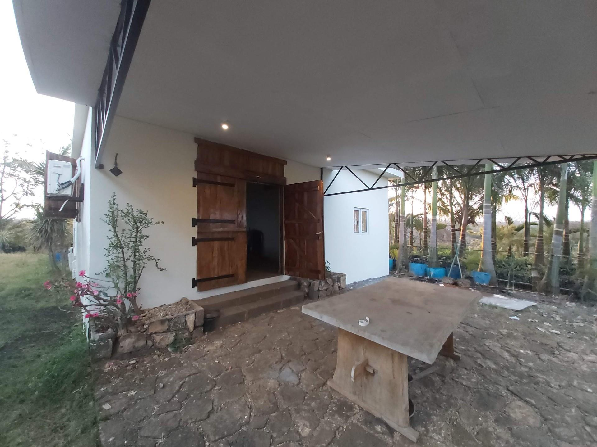 1 Bedroom House For Sale in Poudre D'or