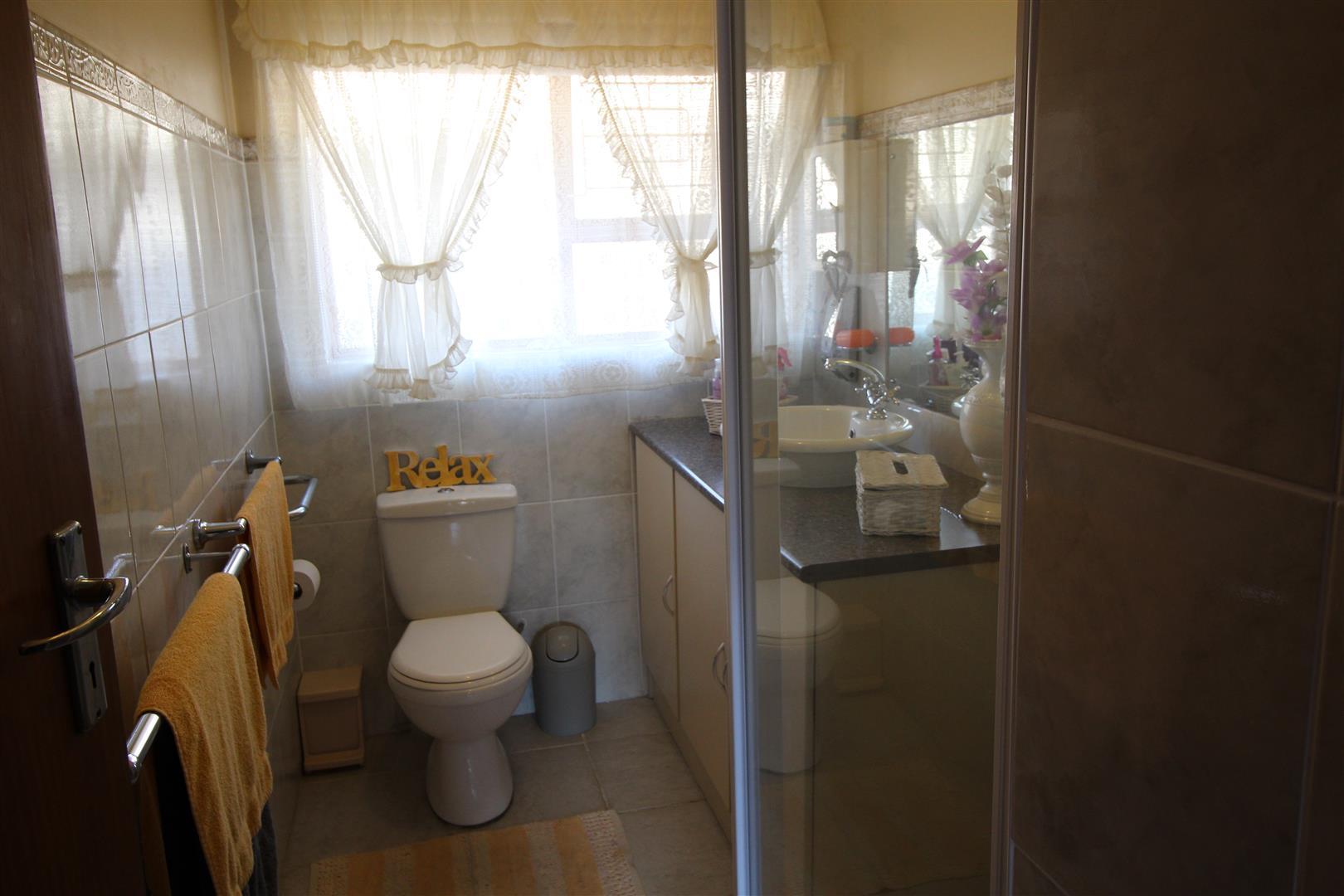3 Bedroom House For Sale in Lochnerhof